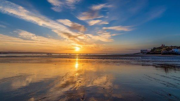Tenby Beach, Tenby, Pembrokeshire, Wales, Low Tide