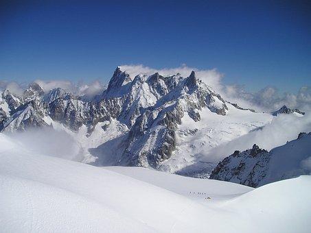 Grandes Choir Asses, Chamonix, Alpine, Snow, Mountains