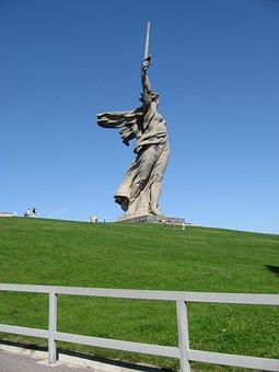 Mamayev Kurgan, Mother Motherland, Sculpture