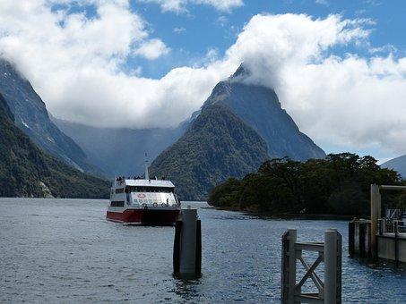New Zealand, South Island, Fiordland, Landscape