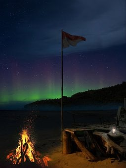 Campfire, Beach, Flag, Starry Sky, Aurora