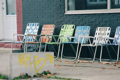 Lawn Chairs, Graffiti, Paint, Concrete, Bricks, Windows