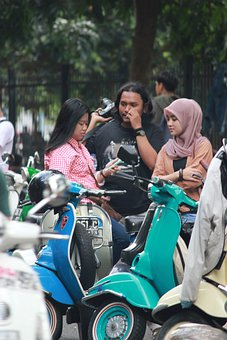 People, Scooter, Motorcycle, Motorbike, Motor, Vespa