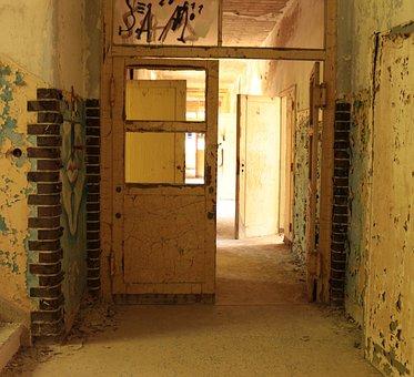 Building, Corridor, Hallway, Abandoned, Ruins, Door