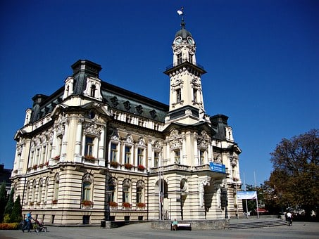 New Filtrate, Poland, The Town Hall, Monument
