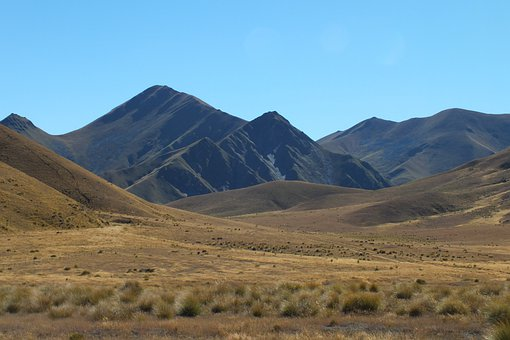 Lindis Pass, South Island, New Zealand, Mountains