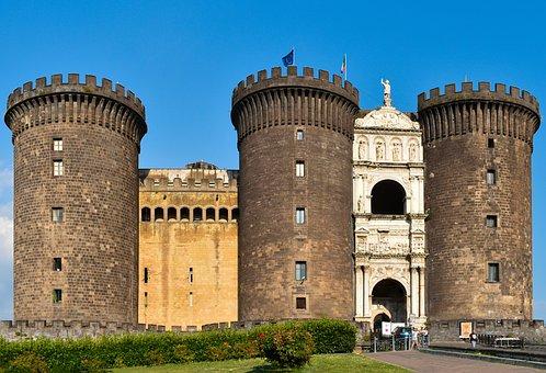 Castel Nuovo, Naples, Italy, History, Castle