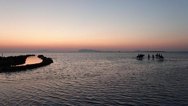 Sunset, Horses, Sea, Crwod, Horseback Riding, Holiday