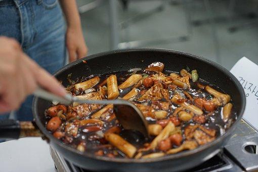 Meal, Dish, Pan, Cuisine, Cooking, Stove, Food, Korean