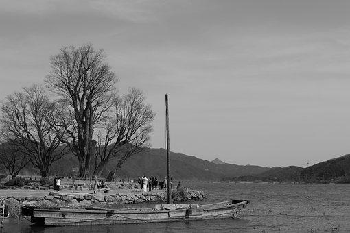 Boats, River, People, Crowd, Tree, Water, Landscape