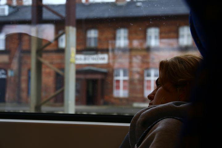Passenger Film, Keira Knightley, Railway Station, Train