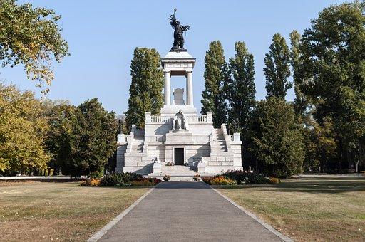 Graveyard, Kossuth Lajos Mausoleum, Cemetery, Statue