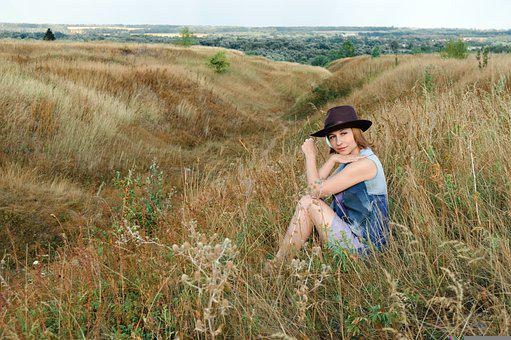 Woman, Model, Country Girl, Hippie, Dry Grass, Grass