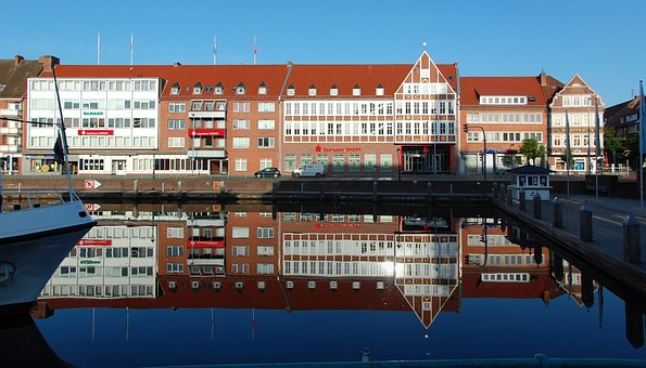 Emden, Delft, Mirroring, Inland Port, Light