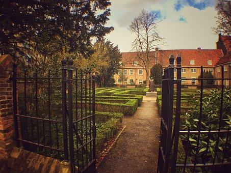 Delft, Prinsenhof, Town, Garden