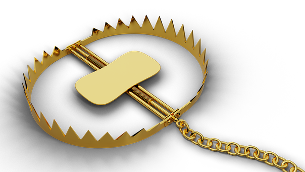 Gold, Trap, Chain, Pit, 3D Rendered