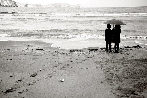 Sandy, Children, Boy, Girls, Share An Umbrella, Winter