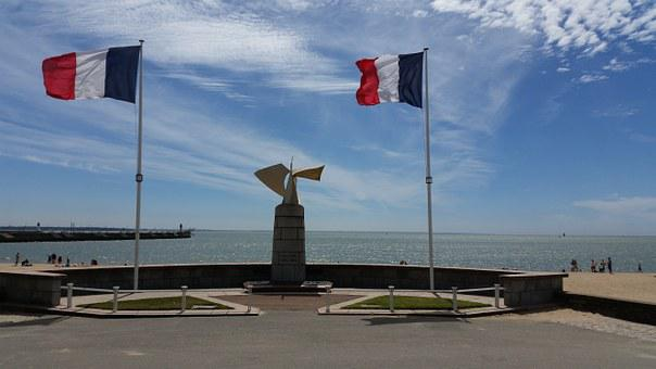 France, St Nazaire, Flag, Beach Promenade, Mast