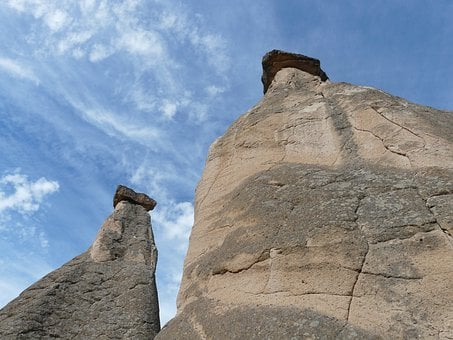 Tufa, Tufa Towers, Caffrey Gabelfelsen, Fairy Chimneys