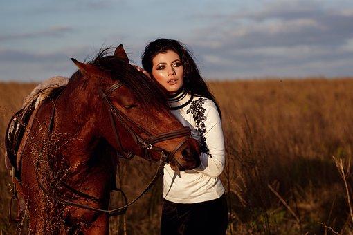 Girl, Fashion, Horse, Beauty, Makeup, Glamour