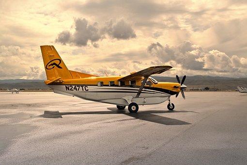 Airplane, Airport, Ramp, Quest Kodiak, Propeller