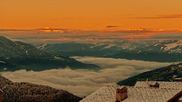 Mountains, Sea Of Clouds, Roofs, Chimneys, Roofing