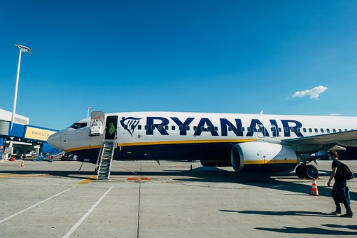 Aircraft, Airport, Airline, Ryanair, Boeing 737, Jet