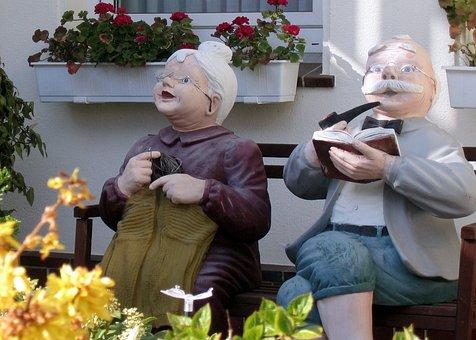 Borkum, Grandma, Grandpa, Woman, Man, Bank, Knit, Pipe