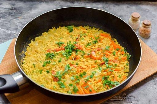 Rice, Salt, Curry, Shrimp, Carrots, Garlic, Cooking