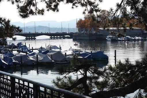 Switzerland, Zurich, Historic Center, River, Water