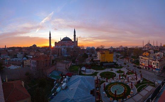 Cami, Hagia Sophia, Istanbul, Turkey, Sunrise