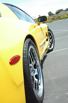 Z06, Corvette, Polished Wheels, Yellow Corvette, Ocean