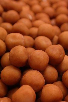 Marzipan Potatoes, Spherical, Sweetness, Marzipan