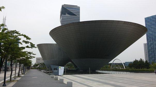 Songdo, Incheon, Tri-ball