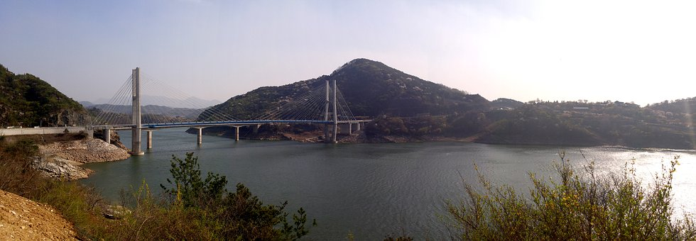 Korea, Cheongpung Lake, Jecheon, Wind