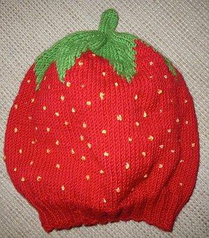 Baby, Erstlingsmütze, Strawberry Hat Homemade