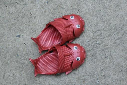 Red, Footgear, Baby, Couple, Sandals, Thongs