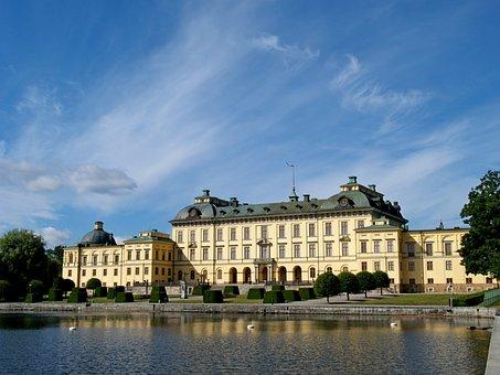 Drottningholm Palace, Royal Household, Palace