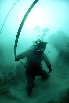 Diver, Diving, Underwater, Sea, Ocean, Water, Bubbles