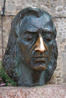 Frédéric François Chopin, Sculpture