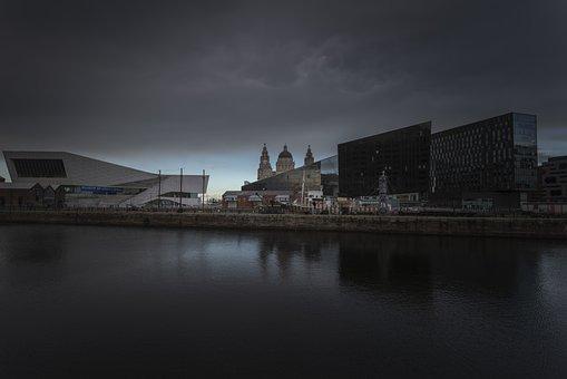 Nikon D810, Sigma Art, 20mm, Liverpool, England, City