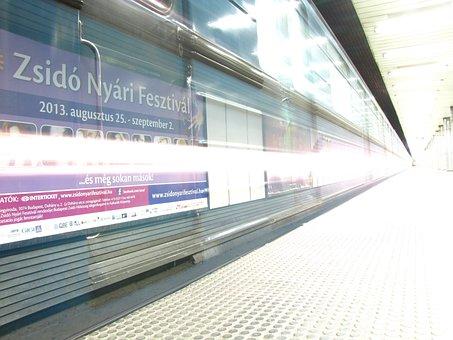 Metro, Long Shutter Speed, Light