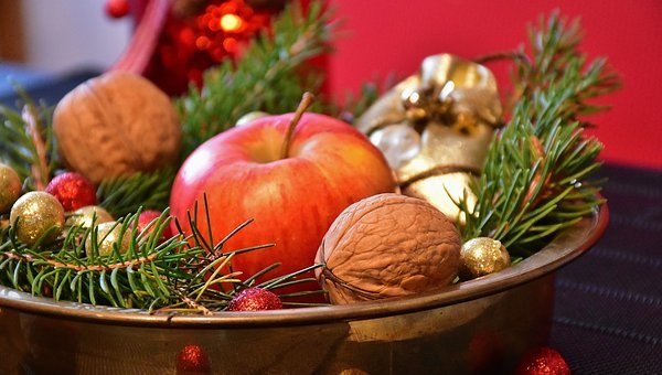 Advent, Walnuts, Nuts, Christmas, Christmas Time