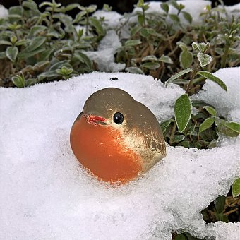 Winter, Bird, Robin, Ceramic Figurine, Hand Labor