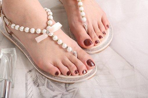 Feet, Toes, Sandal, Footwear, Fashion, Nails, Toenails