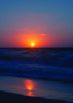 Sunset, Beach, Waves, Ocean, Sea, Seascape, Sun, Dusk