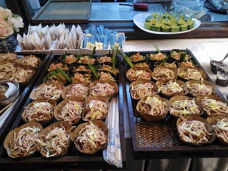 Noodles, Palm Leaves, Eat, Ham, Bean Sprouts, Shrimp