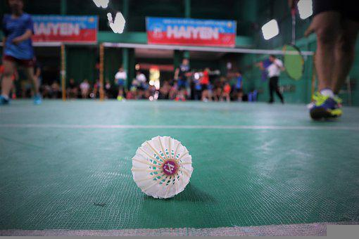 Badminton, Shuttlecock, Focus, Sport, Game, Play
