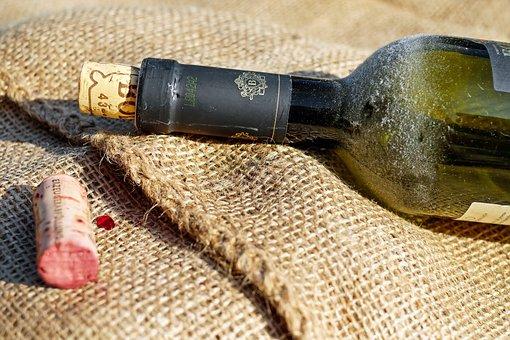 Wine, Wine Bottle, Old Wine Bottle, Bottleneck, Cork