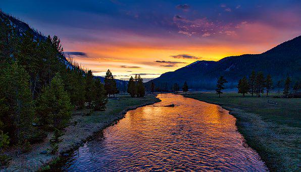 Yellowstone National Park, Sunset, Twilight, Dusk